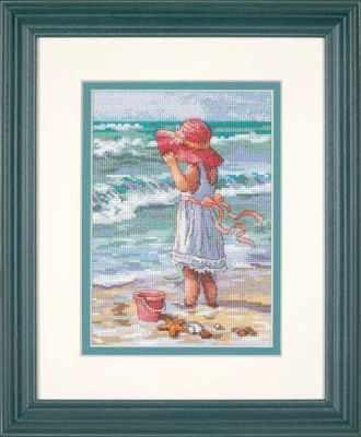 65078 DMS Девочка на берегу