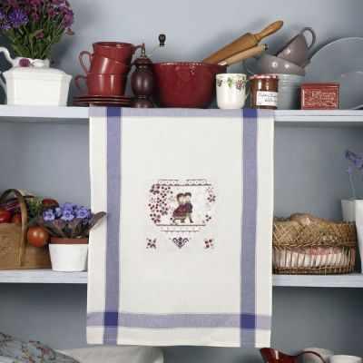 TCHA/DIM Полотенце «Зимнее сердечко» (ПВ) - Наборы для вышивания «Парижские Вышивальщицы»