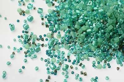 Бисер TOHO №3203 зеленый MIX 4