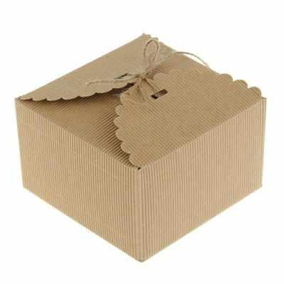 2075143 Коробка крафт из рифлёного картона с декором