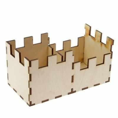 2497814 Карандашница из фанеры для декора Крепость
