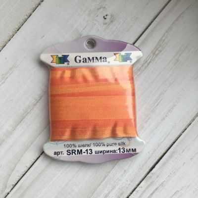 Ленты Gamma SRM-13 Лента декоративная Gamma шелковая M106 коралловый/оранжевый ленты gamma srm 7 7 лента декоративная gamma шелковая m136 яр оранжевый коричневый
