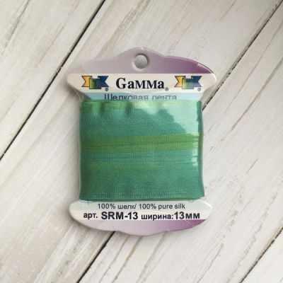 Ленты Gamma SRM-13 Лента декоративная Gamma шелковая M115 бл.зеленый/изумрудный ленты gamma srm 13 лента декоративная gamma шелковая m108 зеленый св коричневый
