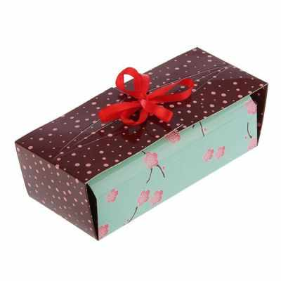 2121477 Коробка для сладостей Ветка сакуры