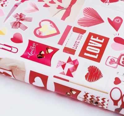 Бумага для упаковки подарков Дарите Счастье 2862083 Бумага упаковочная глянцевая Розовые конверты бумага упаковочная disney с днем рождения кошечка мари глянцевая 70 х 100 см 2586441