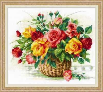 1722  Корзина с розами  - Наборы для вышивания «Риолис»