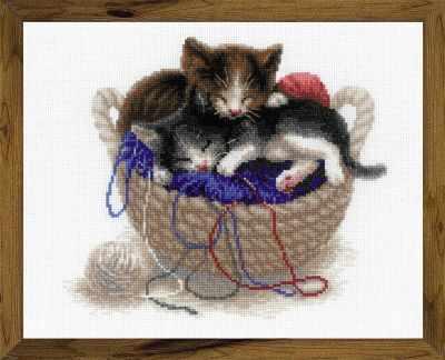 1724  Котята в корзине  - Наборы для вышивания «Риолис»