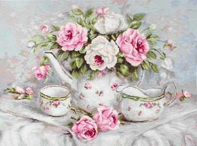 B2317 English Tea and Roses