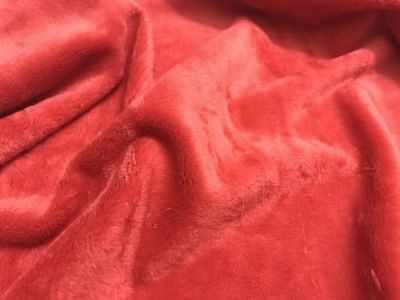 23695 Мех М-1409 коротковорсовый 3 мм, 50*50 см, 100% полиэстер, цв. красный (101)