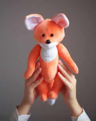 2885058 Набор для шитья по созданию плюшевых игрушек «Плюшевый лисёнок Джой»