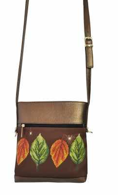 Набор для вышивания VIRENA САБ_8001 Набор для вышивания на сумке. Темно-коричневое золото. Листья