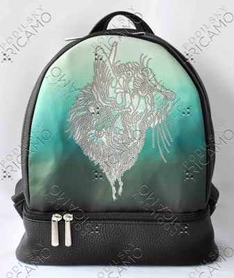 Набор для вышивания VIRENA Рюкзак_004 Набор для вышивания на рюкзаке. Черный. Кот