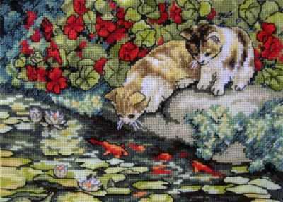 4448 Котята у пруда