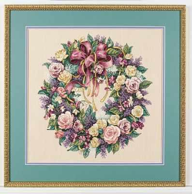 70-003837 DMS Венок из роз