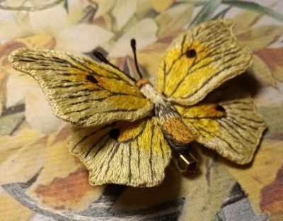 Набор для вышивания Гладкий мир Брошь бабочка Лимонница - набор