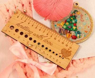 Аксессуар для вязания Березка Линейка д/определения размера спиц, бук Knitting with love knitting reimagined