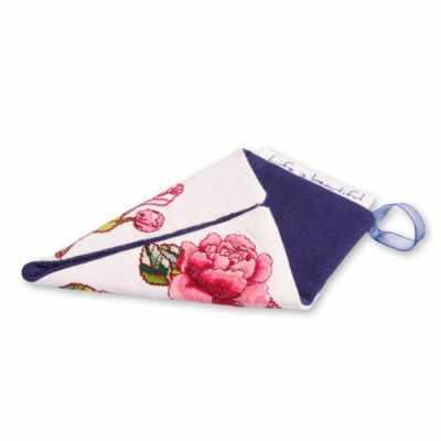 Набор для вышивания Life is beautiful ТК0109 Чехол ножниц малый белый Цветы