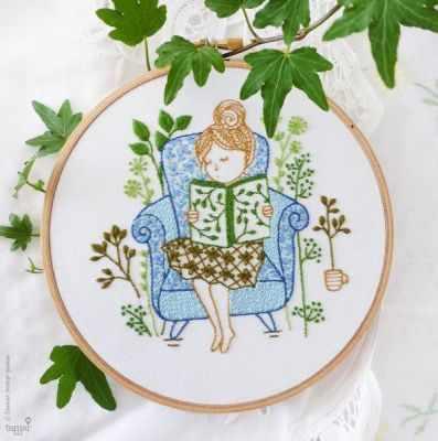 Набор для вышивания Tamar Nahir-Yanai T-018 Reading Time (Время читать)