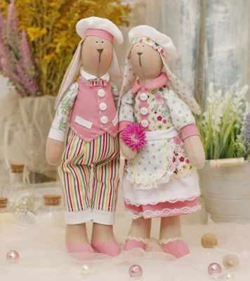 Набор для изготовления игрушки HappyMade Ш116 Набор для шитья и рукоделия Зайчики Томас и Хильда