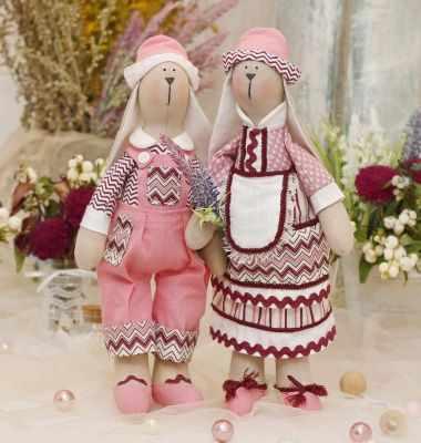Набор для изготовления игрушки HappyMade Ш113 Набор для шитья и рукоделия Зайчики Эван и Софи
