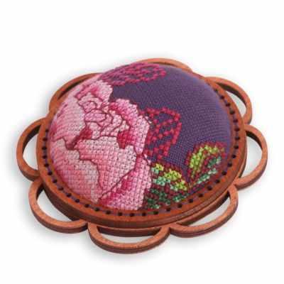 Набор для вышивания Life is beautiful ТК0117 Игольница синяя