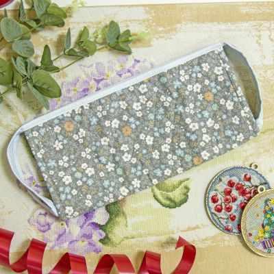 Органайзер - Чехол на органайзер 50/48 ячеек. Полевые цветы на голубом