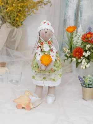 Набор для изготовления игрушки HappyMade ШС118 Набор для шитья и рукоделия Зайка Амели набор для творчества цветница набор для шитья текстильной игрушки зайка романтик