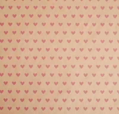 Бумага для упаковки подарков Дарите Счастье 4681763 Бумага упаковочная крафтовая «Сердца»