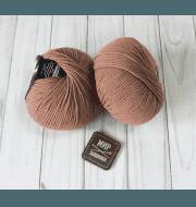 Пряжа Seam Merino Platinum Nuovo Цвет.122 Св.коричневый